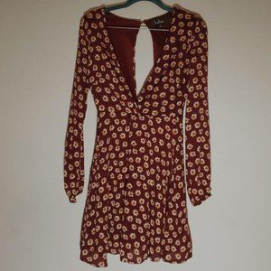 Lulus Red Daisies Deep V neck Floral Dress S
